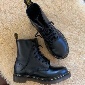 Dr. Martens 8 Eyelet Boots